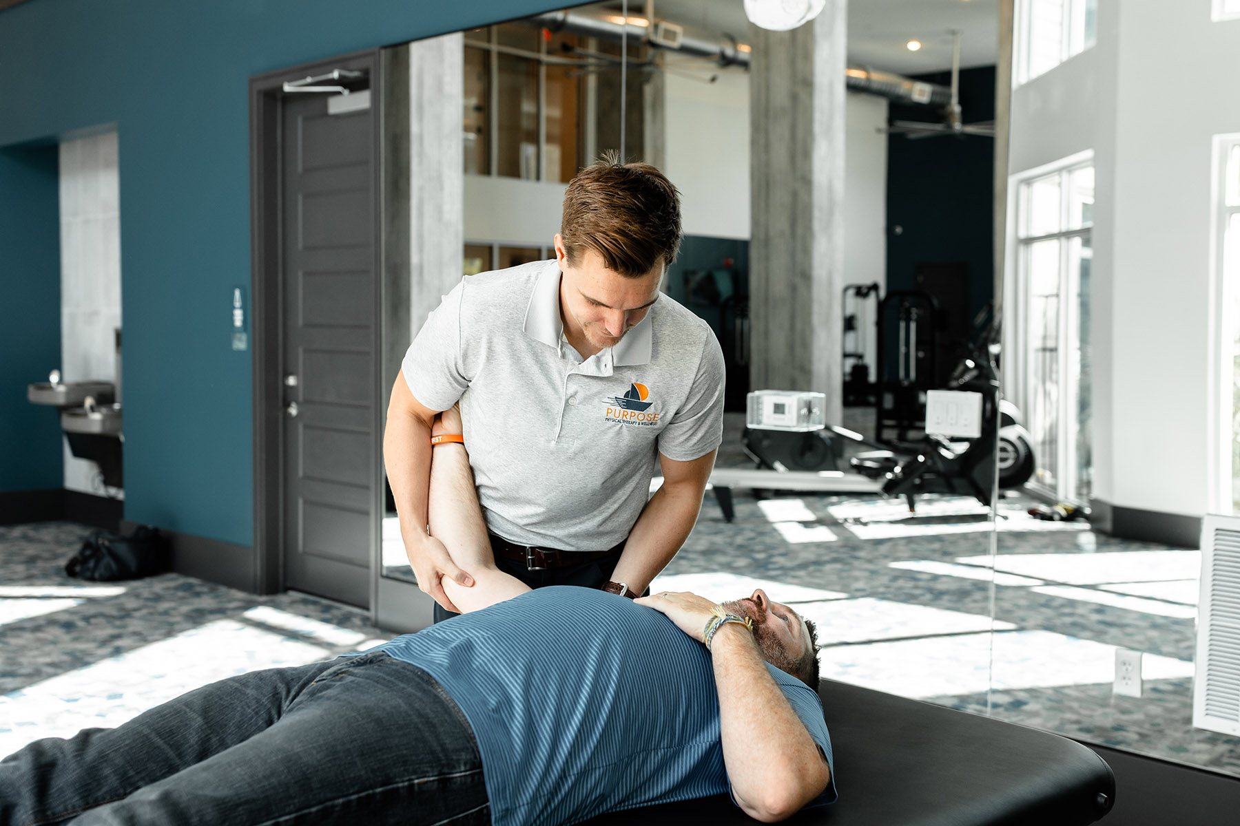 passive and active physical therapy for your neck and shoulders